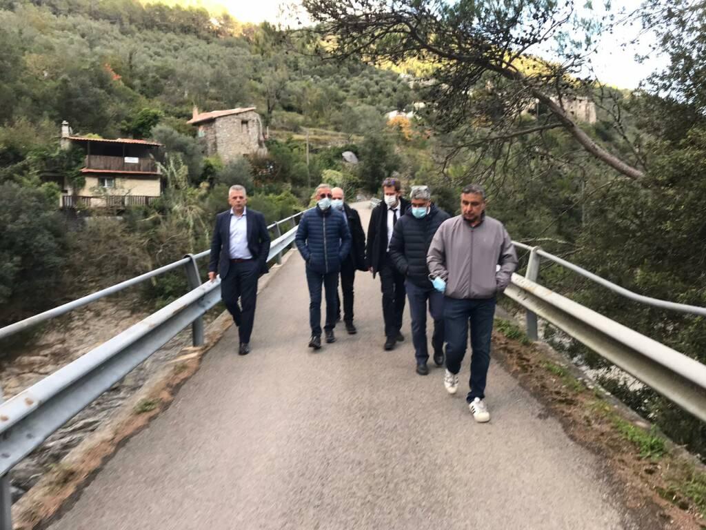 riviera24 - M5s incontra sindaci delle valli Argentina e Roja