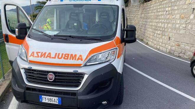 riviera24 - soccorsi 118 ciclista morto ospedaletti
