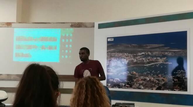 riviera24 - Studenti del Ruffini di Imperia a Lampedusa