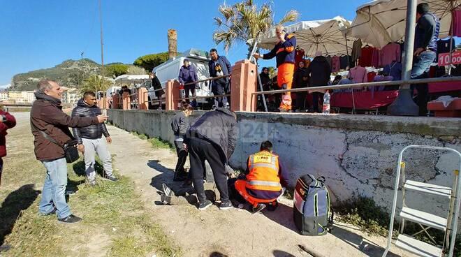 ambulanti feriti caduta ringhiera ventimiglia