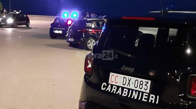 riviera24 - carabinieri sanremo notturna