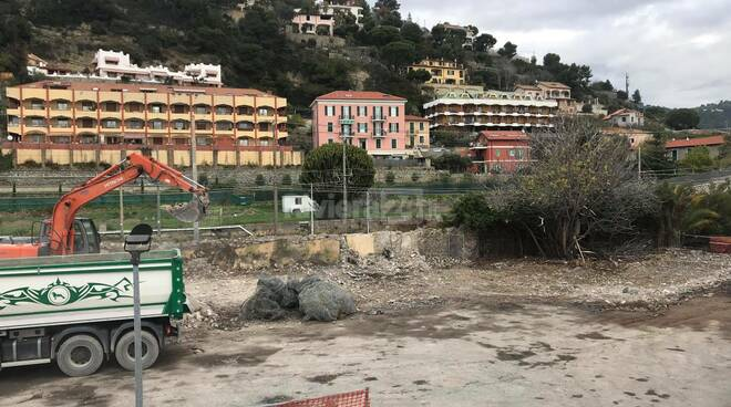 Ecomostro di corso Genova