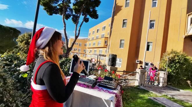 Francesca concerto Natale ospedale Borea