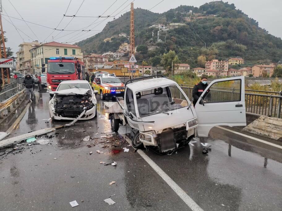 incidente ventimiglia nervia carabinieri grifo
