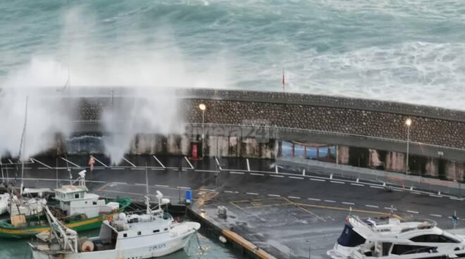 mareggiata porto
