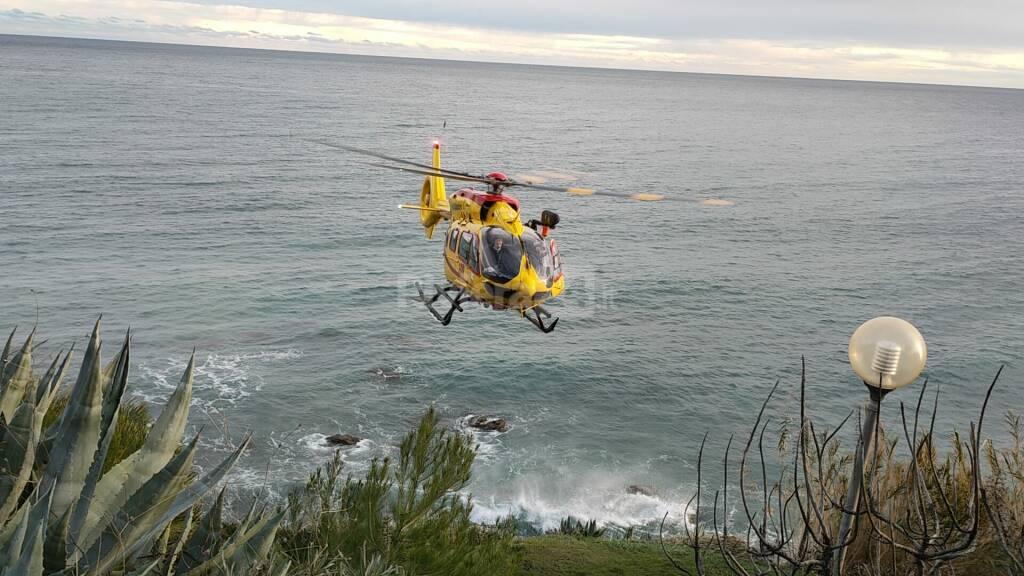riviera24 - elisoccorso incidente soccorsi costarainera