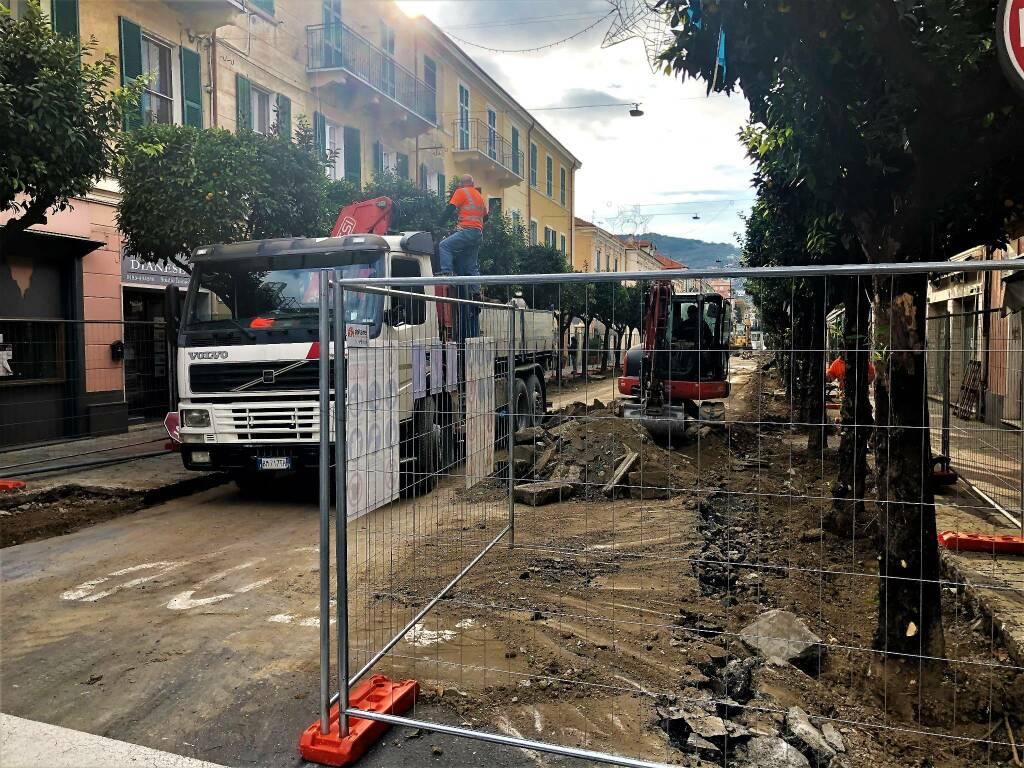 riviera24 - Lavori di risistemazione di Corso Roma Diano Marina