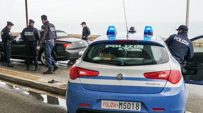 Riviera24- polizia frontiera