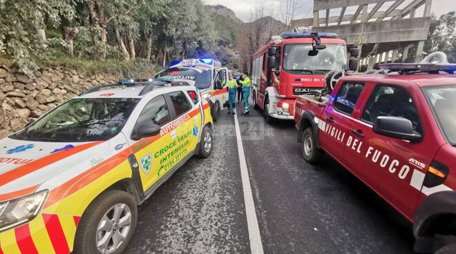 incidente statale 20 cappottamento