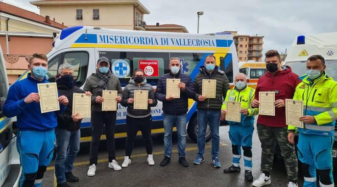 riviera24 - Militi della Croce Azzurra di Vallecrosia premiati