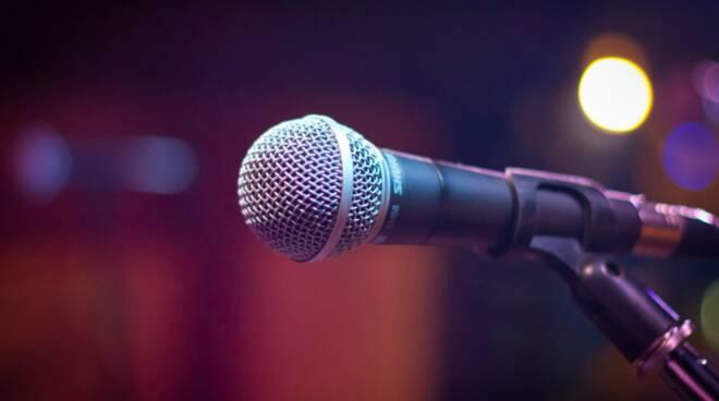 Riviera24- microfono