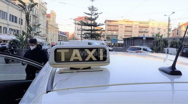 taxi sanremo