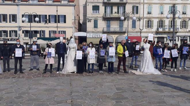 A Sanremo la protesta del comparto nozze messo in ginocchio dal Covid