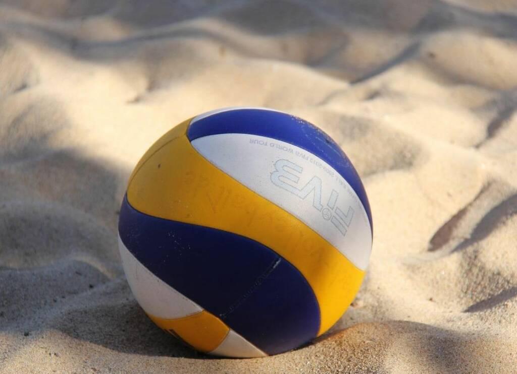 Beach volley pallone