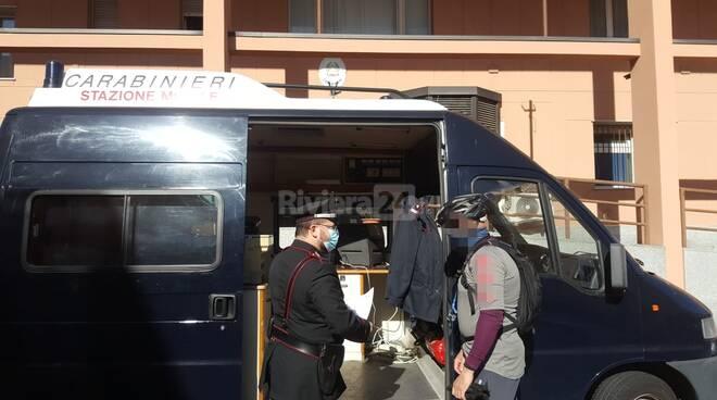 carabinieri stazione mobile diano marina
