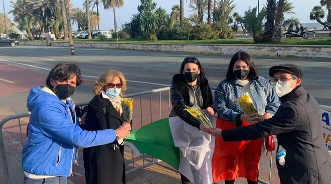 8 marzo Fdi consegna tricolore