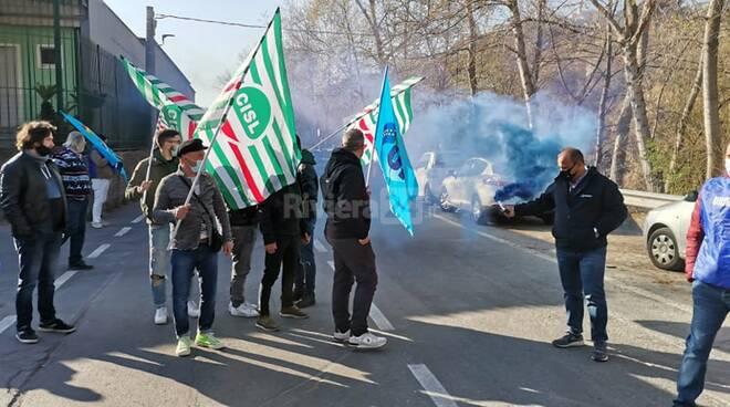 manifestazione protesta lavoratori Sanremo