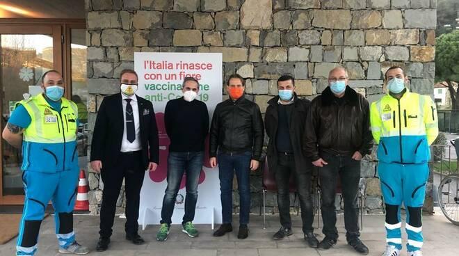 Riviera24- vaccini frontalieri scajola
