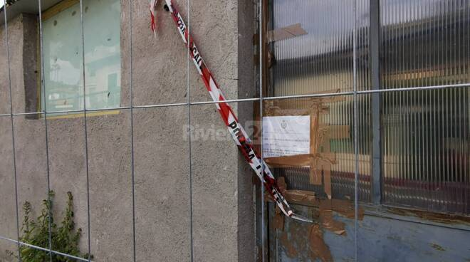 Demolizione fabbricato abusivo Bordighera