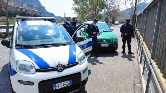 Riviera24- polizia locale carabinieri forestali