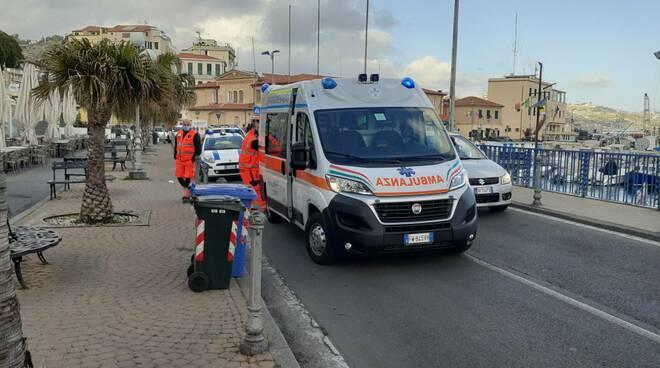 Riviera24 - soccorsi 118 porto vecchio sanremo