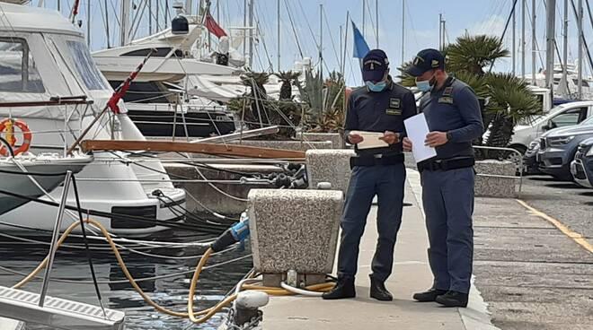 sezione navale guardia di finanza