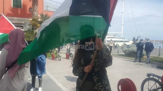 Imperia, in piazza de Amicis presidio a favore della Palestina