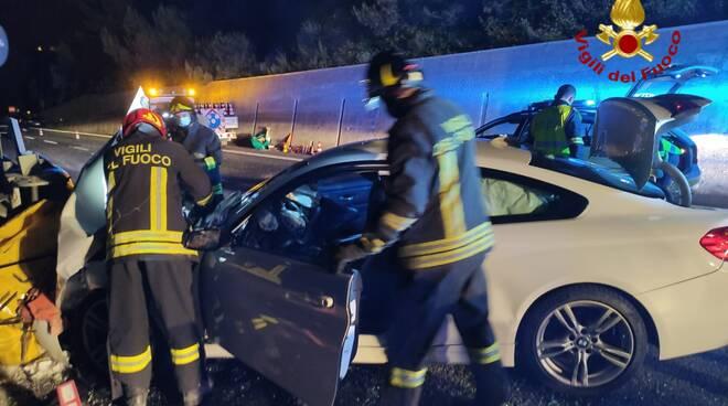 riviera24 - incidente autostrada vigili fuoco