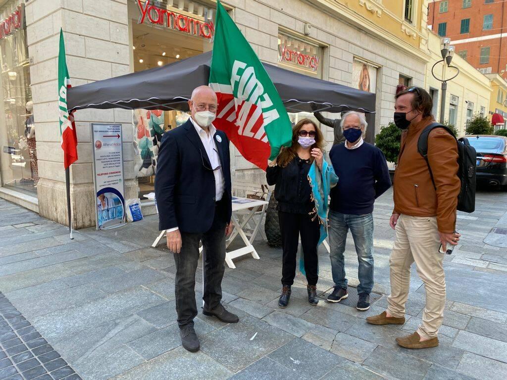 riviera24 - tesseramento forza italia gazebo