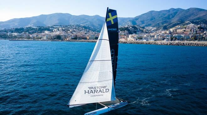 Yacht Club Sanremo catamarano a vela