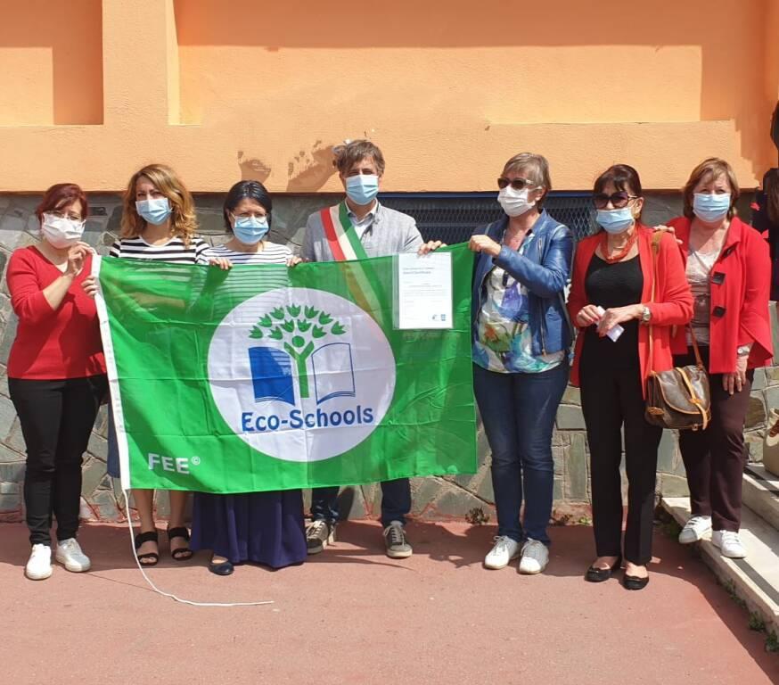 Bandiera verde alla scuola di Camporosso Capo
