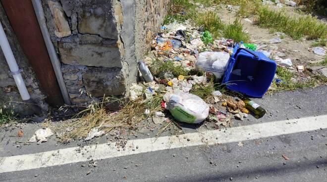riviera24 - spazzatura san lorenzo