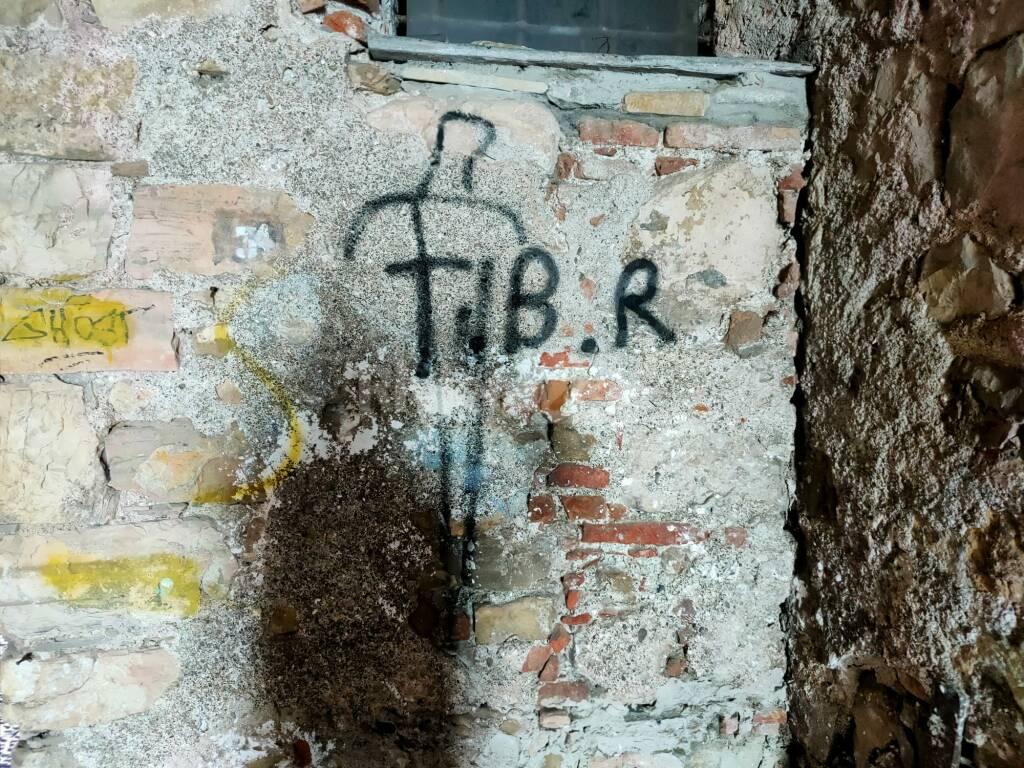 vandali palazzo pagliari