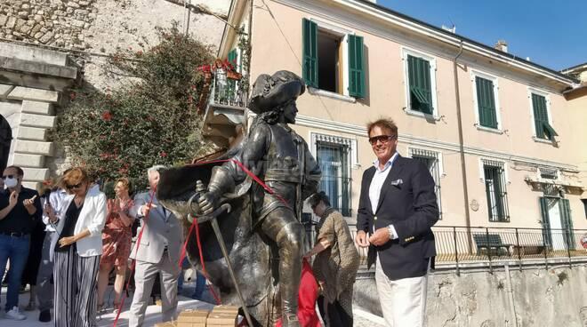 inaugurazione statua corsaro nero ventimiglia