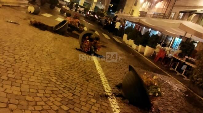 riviera24 fiorere piazza colombo