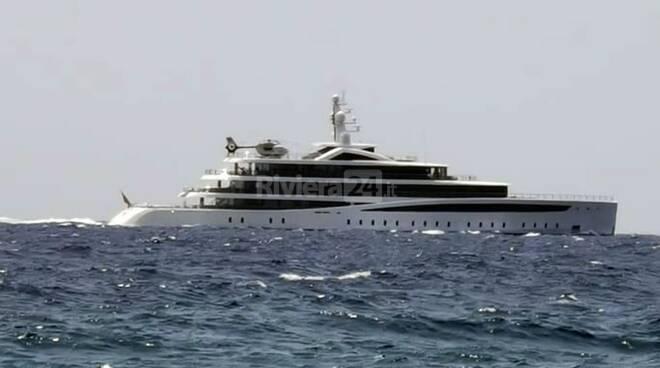 riviera24 - yacht viva