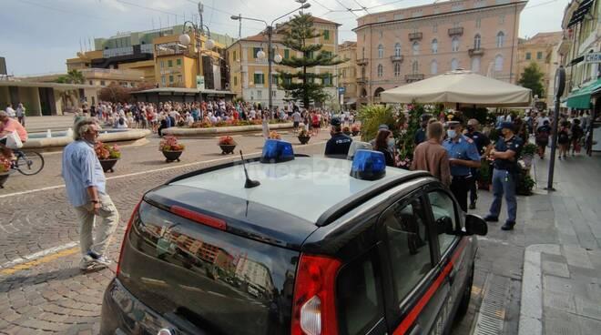 Sanremo, duecento persone in piazza contro l'obbligo vaccinale
