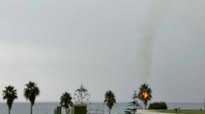 Riviera24- fulmine palma
