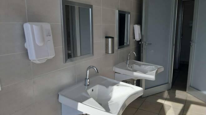 Servizi igienici al porto di Bordighera