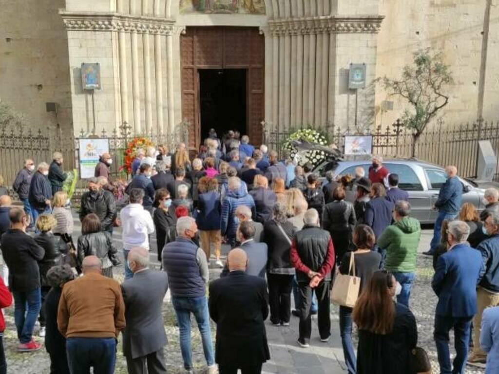 riviera24 - Funerali di Gianpiero Moretti